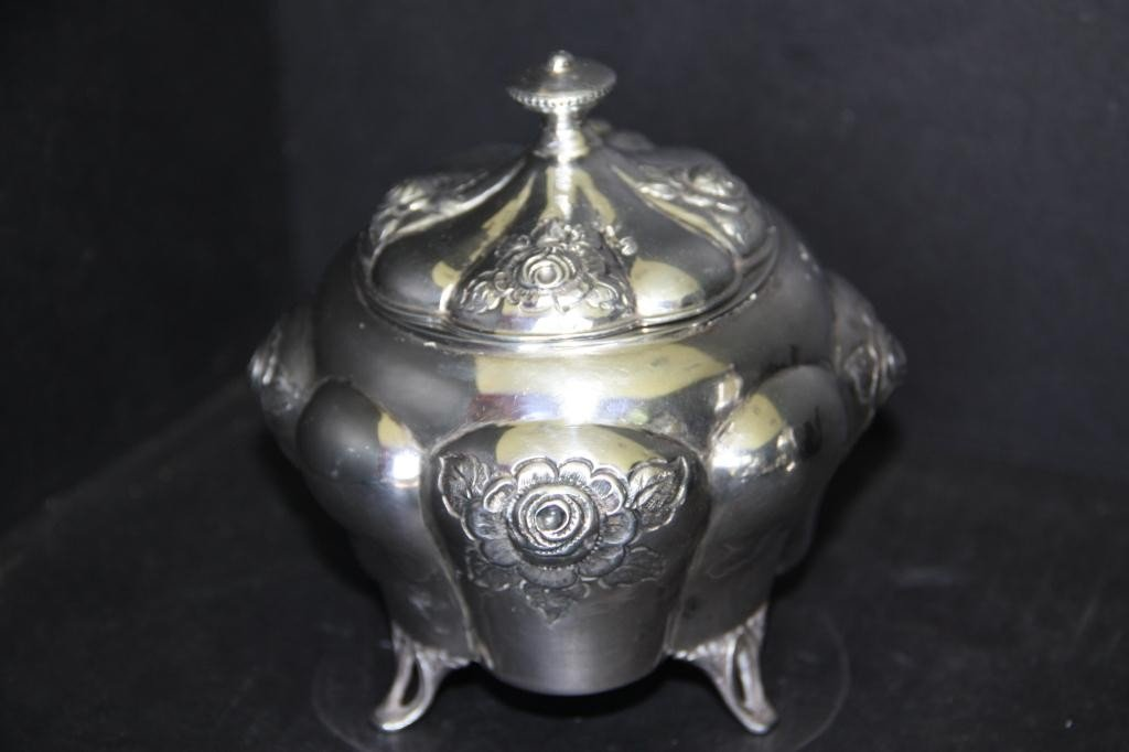 6: Art Nouveau Vanity Container in .800 Silver - 2