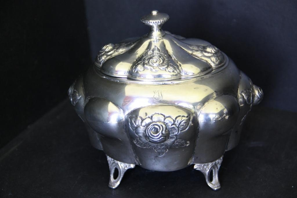 6: Art Nouveau Vanity Container in .800 Silver - 3