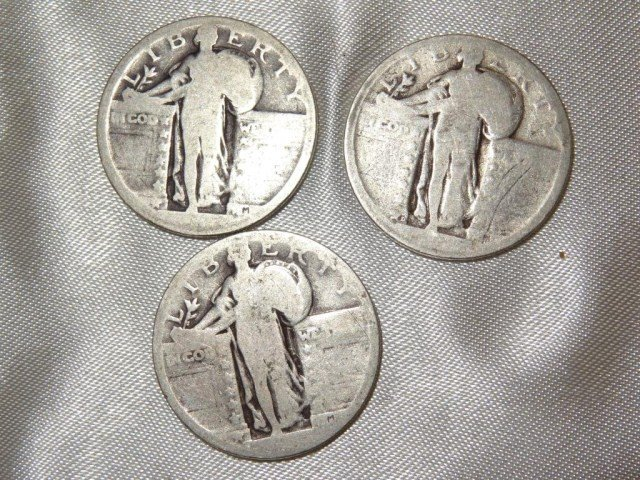 22: Quarters: Standing Liberty Quarters (3)