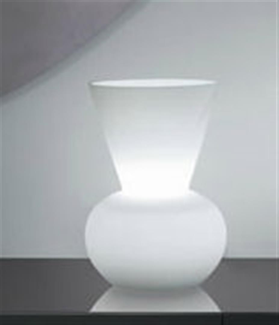 Alfonso Fontal: Bianca 10 White Table Lamp