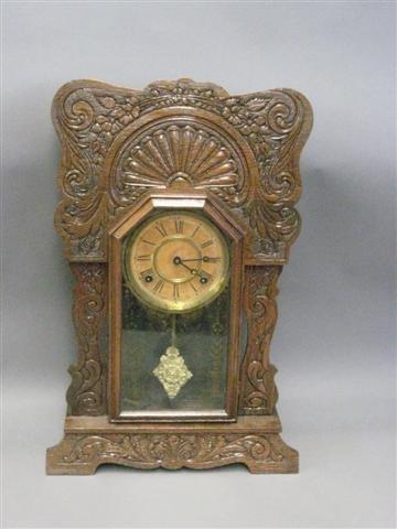 1000: Clock, Mantel Type, Gingerbread Form, Oak, 8 Day