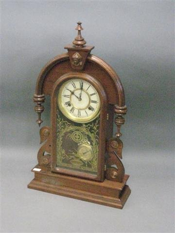 1022: Clock, Parlor, Mantel Type, Walnut, Drop Finials,