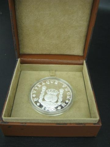 14: Coin, Commemorative, 5.0 ozt. Silver, Mexican Motif