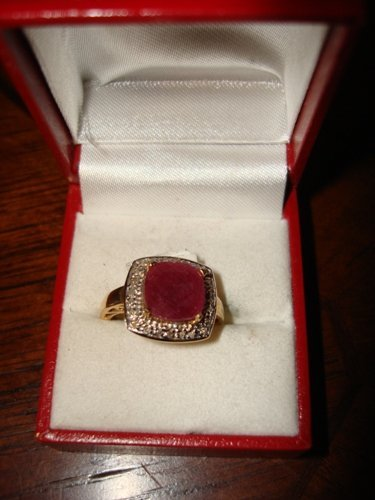 174: Ladies 10K Yellow Gold Ruby & Diamond Ring