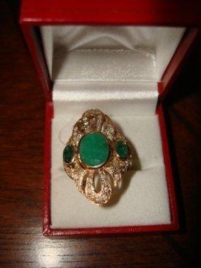 6: Ladies Ring 10K Yellow Gold Emerald & Diamond