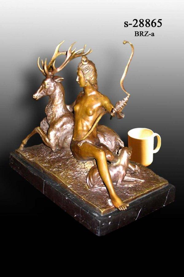 5A: Bayre - Bronze Diana the Huntress