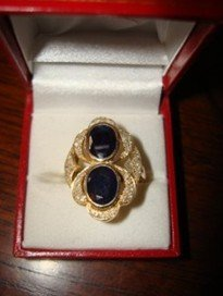 51H: 261: Ladies 10K Yellow Gold Blue Sapphire & Diamon