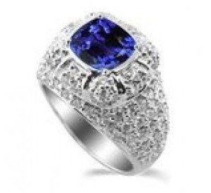 735R: 45: 4.25 Carats Tanzanite VS Diamond Ring in 18K