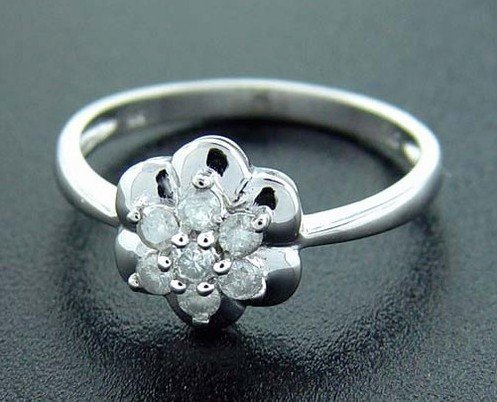 1B: 1/4 ctw. Diamond 10K White Blooming Flower Ring RD-