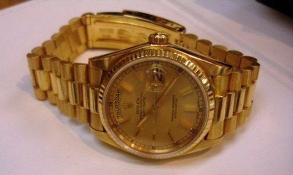 2L: Men's 18K Gold Presidential Rolex