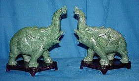 2S: PAIR OF JADE ELEPHANTS