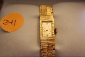 6L: Ladies 14K Yellow Gold Geneve Watch