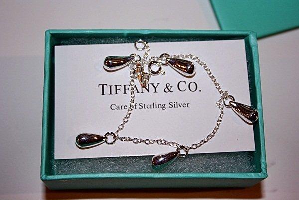 220X: Sterling silver Tiffany Silver Teardrop Bracelet