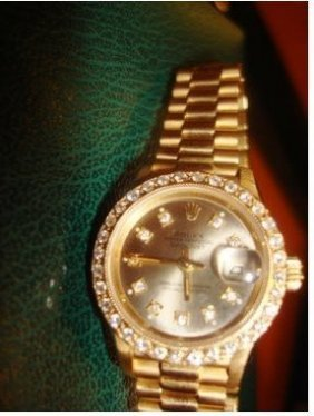 Ladies 18k Presidental Diamond Dial Rolex