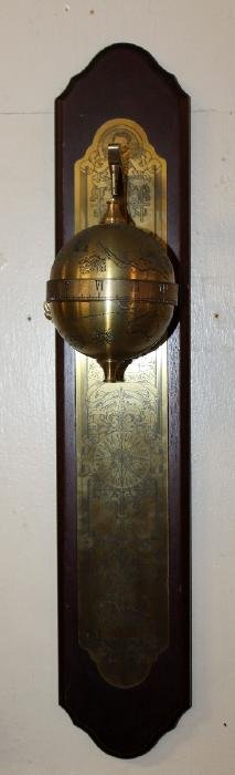Sir Francis Drake falling ball clock