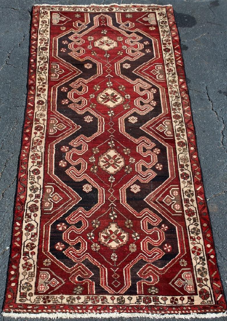 3.9' x 9.3' Persian runner