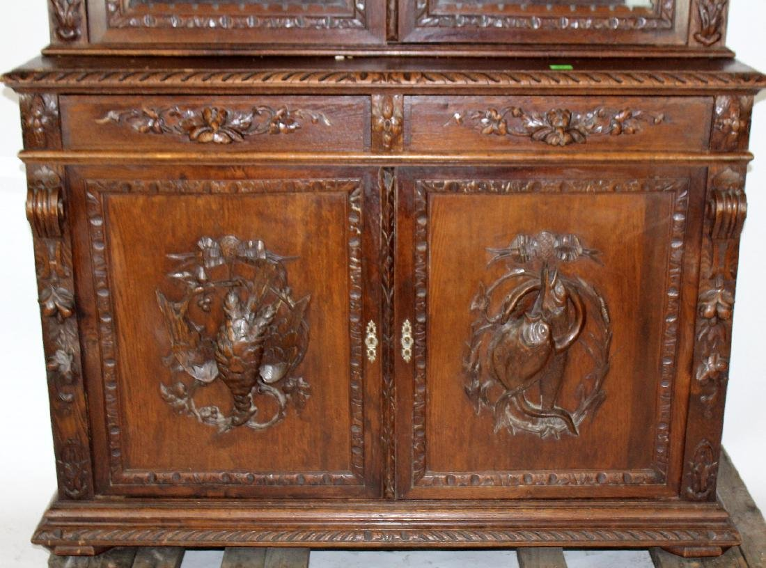 French Louis XIII carved oak hunt buffet - 3