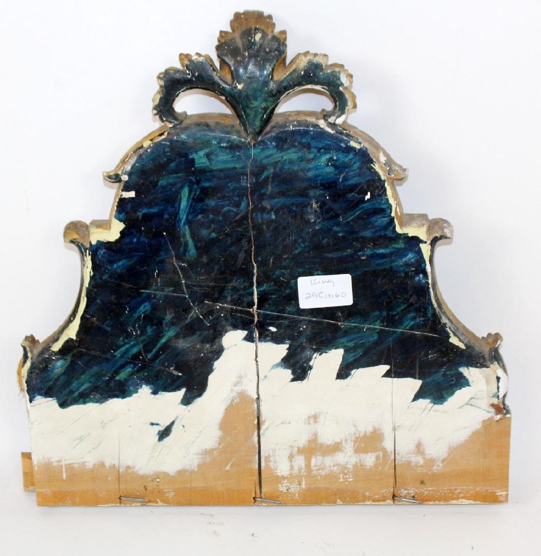 Pair of antique Italian gilt wood fragments - 2