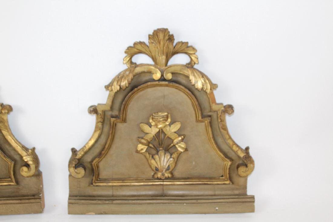 Pair of antique Italian gilt wood fragments - 3