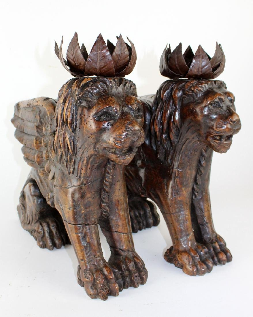 Pair of antique carved San Marco lions - 2