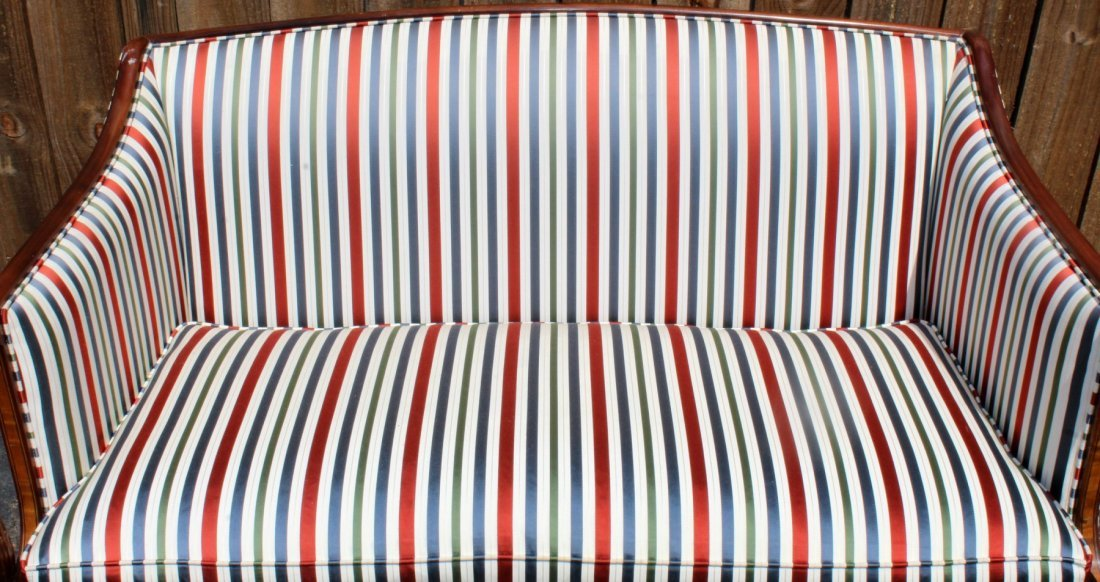 American mahogany settee with fluted legs - 4