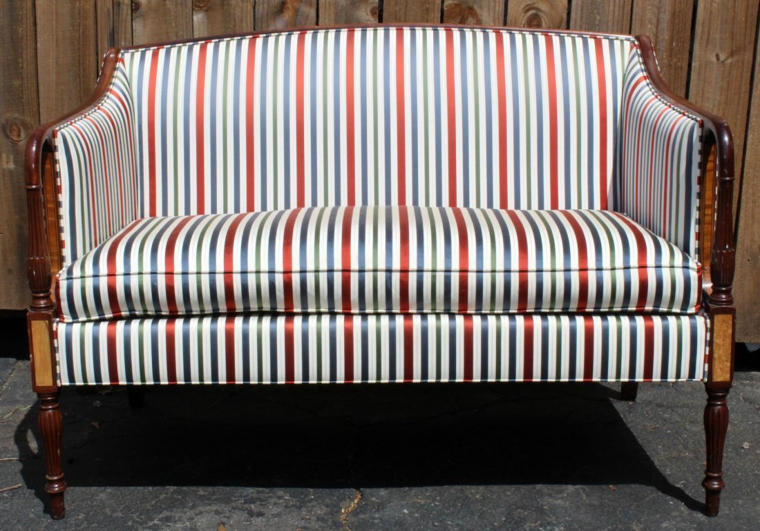 American mahogany settee with fluted legs - 5