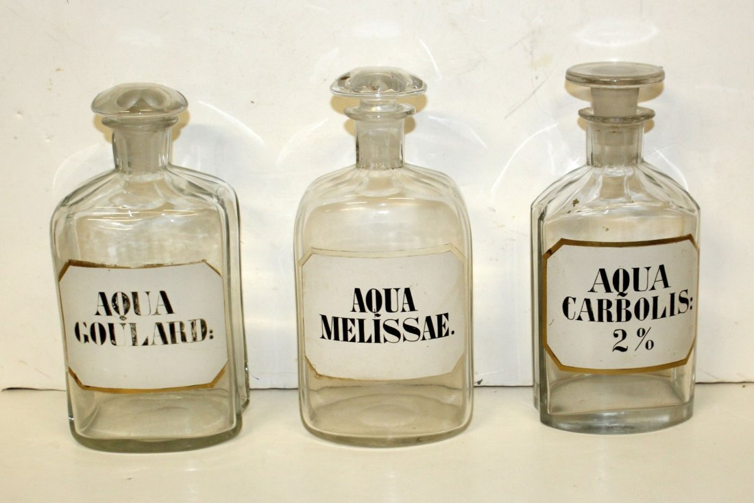 Lot of 9 glass apothecary bottles - 4