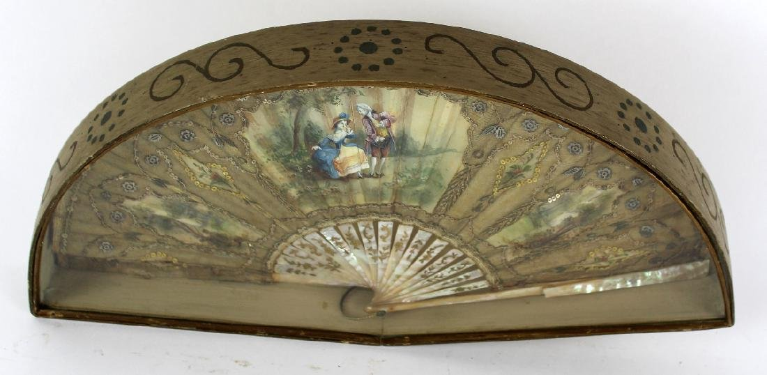 Victorian fan with mother of pearl handle - 2