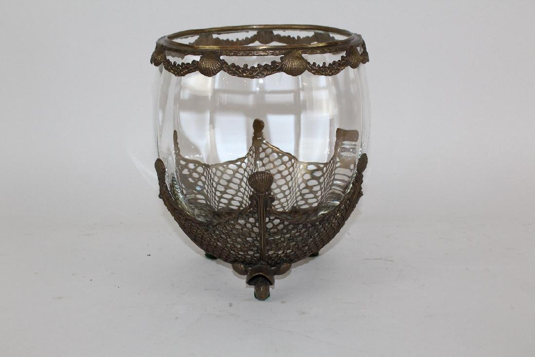 Glass bowl with bronze overlay and scallop shells - 4