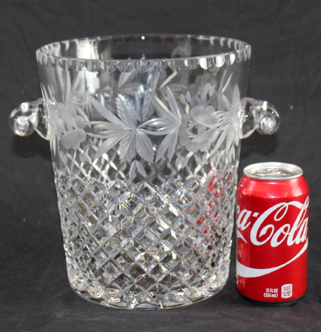 Lattice patterned crystal ice bucket - 2