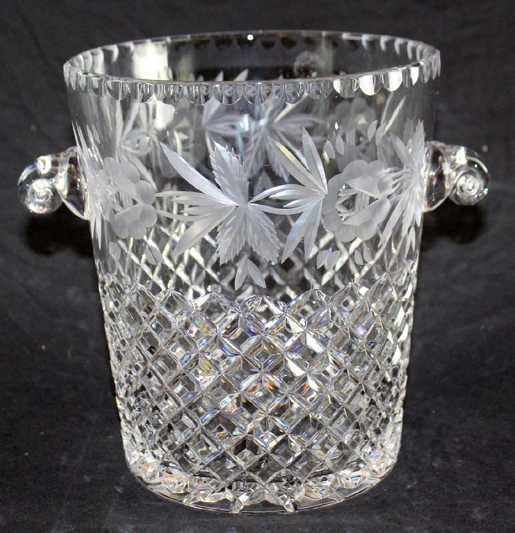 Lattice patterned crystal ice bucket - 5