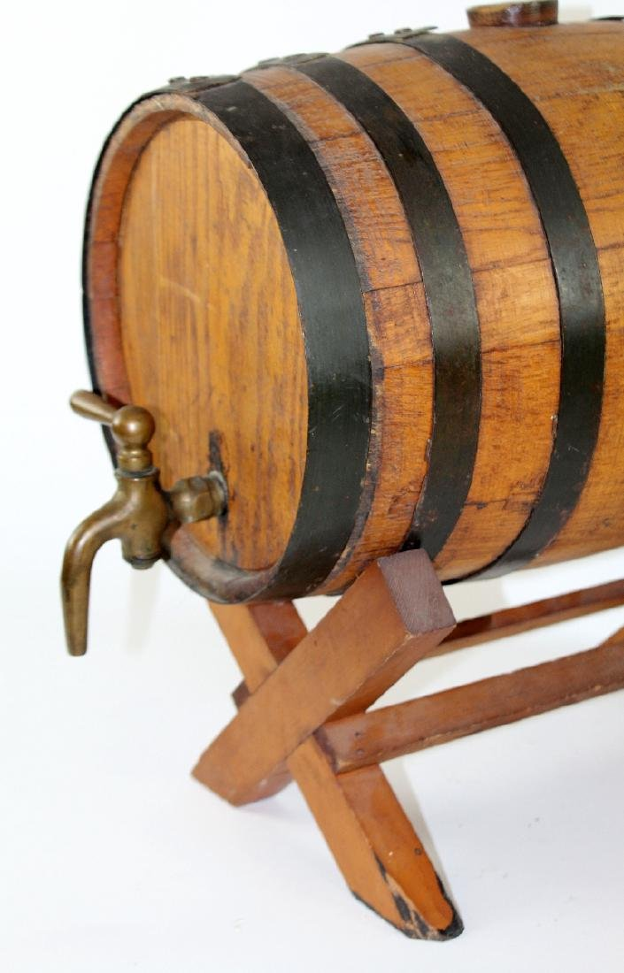 Oak barrel on stand - 4