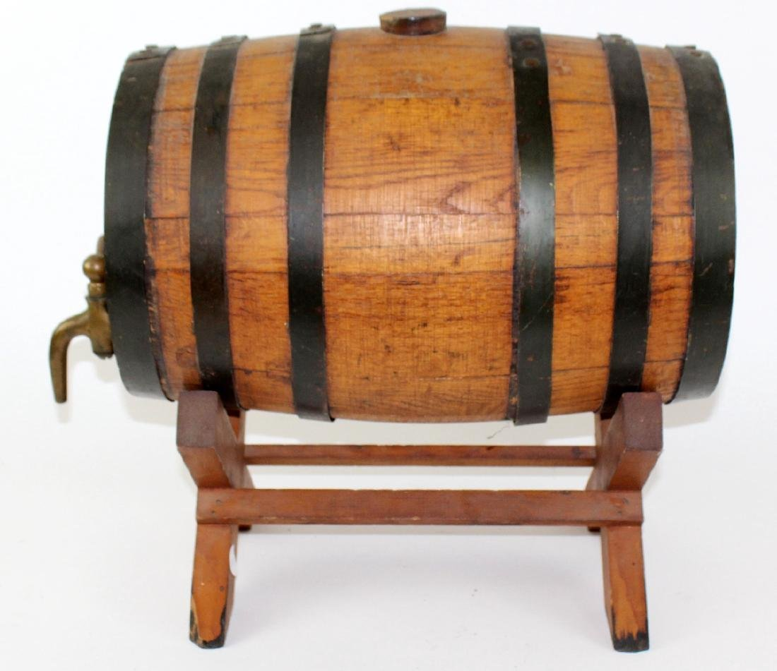 Oak barrel on stand - 5