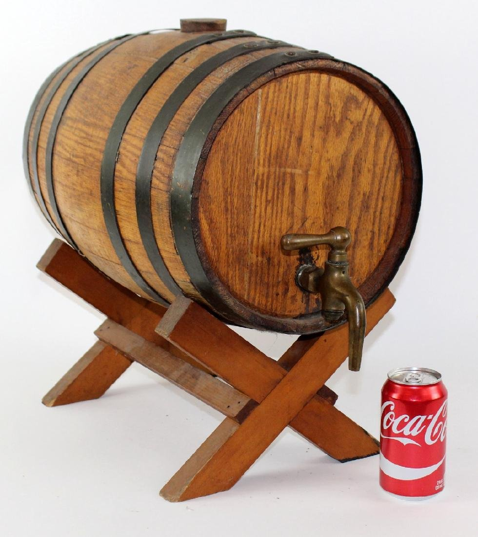 Oak barrel on stand - 7