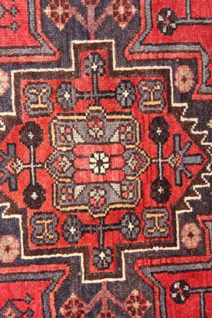 "3'8"" x 9'10"" Persian wool runner - 4"