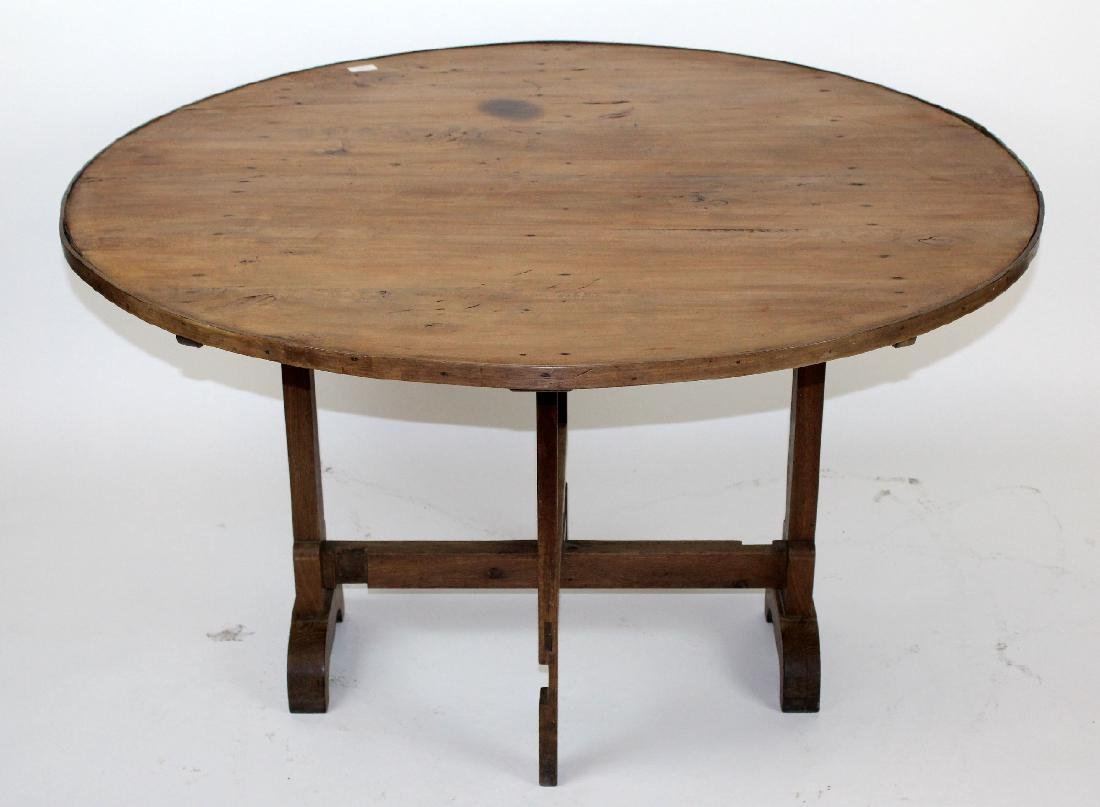 French Provincial vintners table in pine - 4