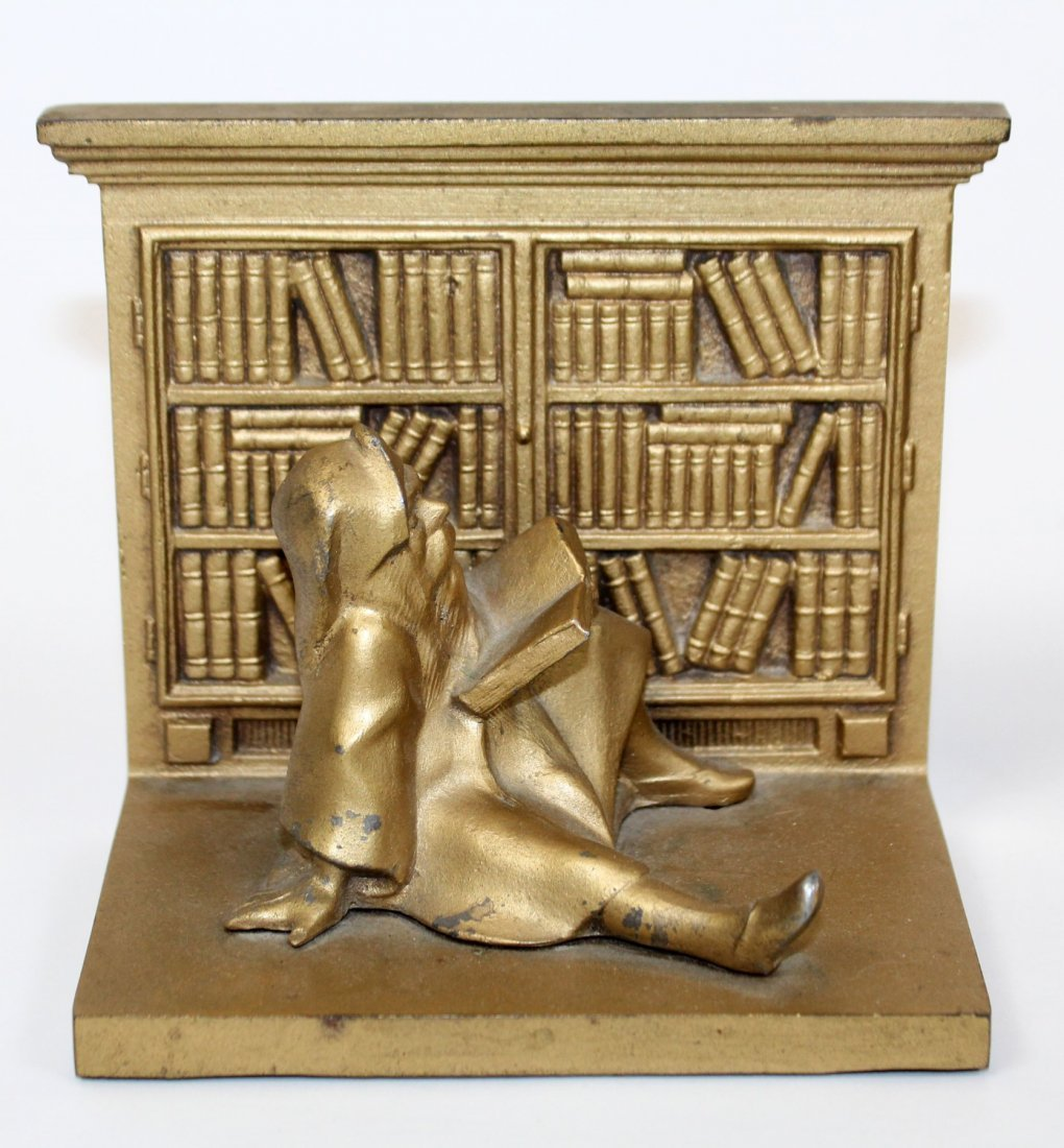 Pair Bradley & Hubbard library bookends with gnomes - 3