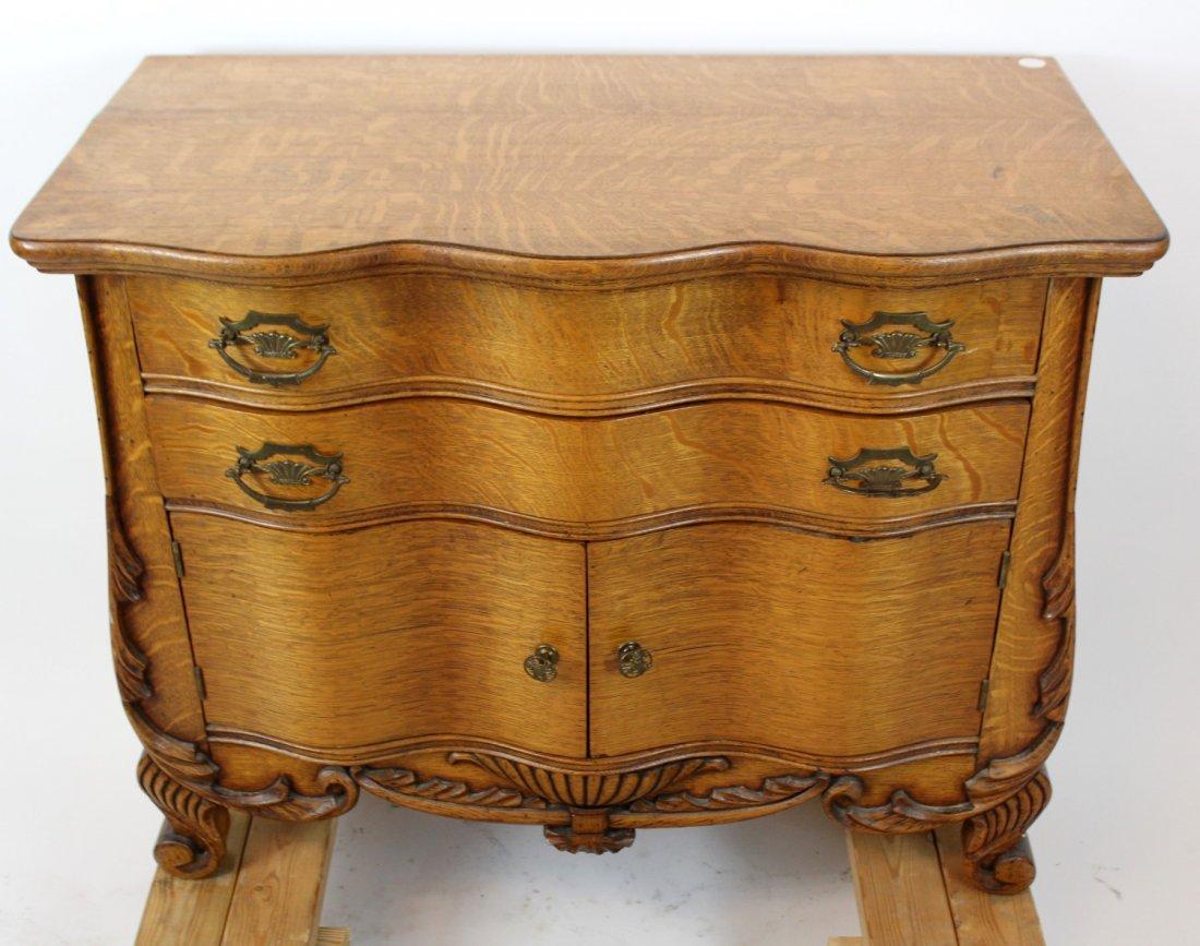American oak 2 door chest - 2