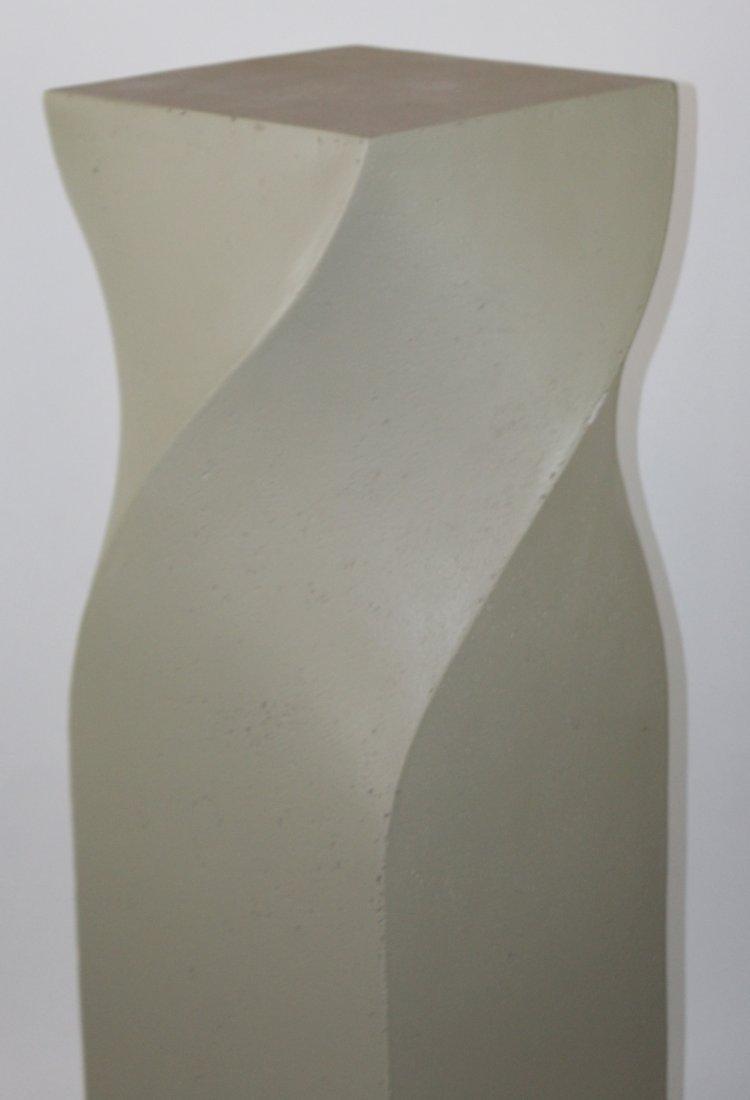 Modern cast twist pedestal - 3