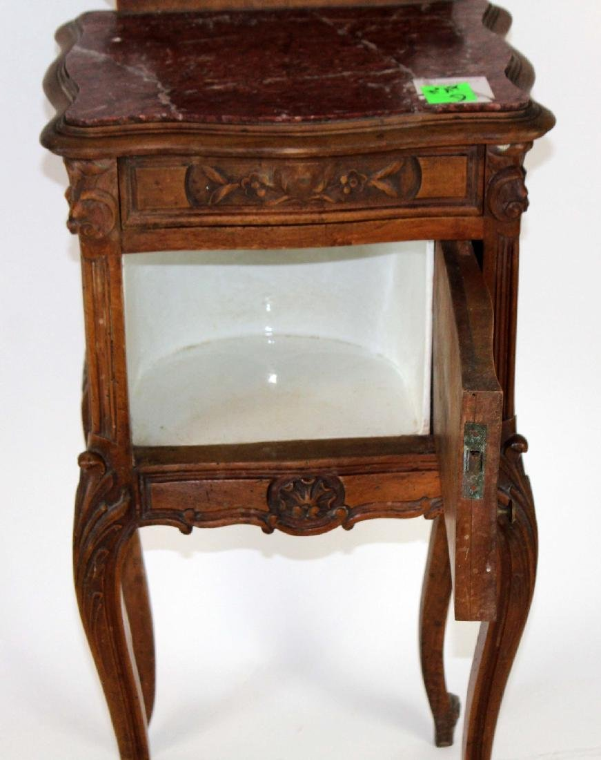 French Louis XV chevet in walnut - 2