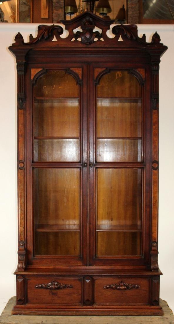 American Victorian 2 door bookcase - 3