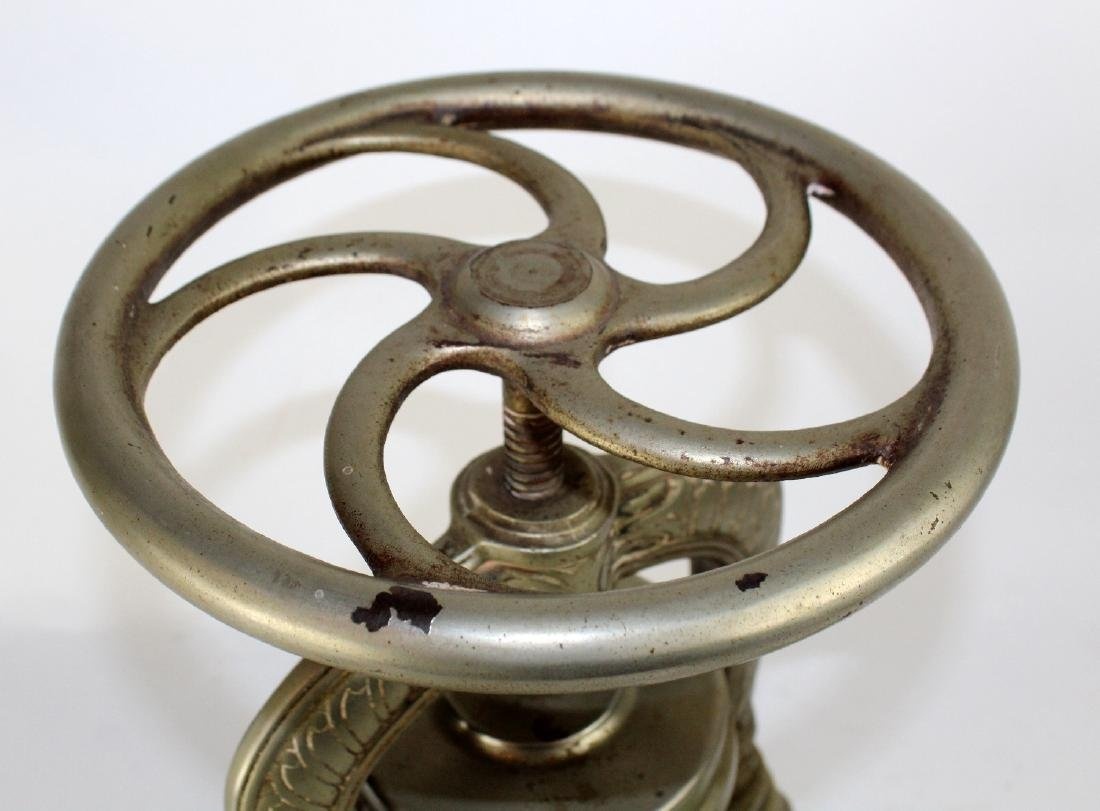 French nickel over cast iron duck press - 6