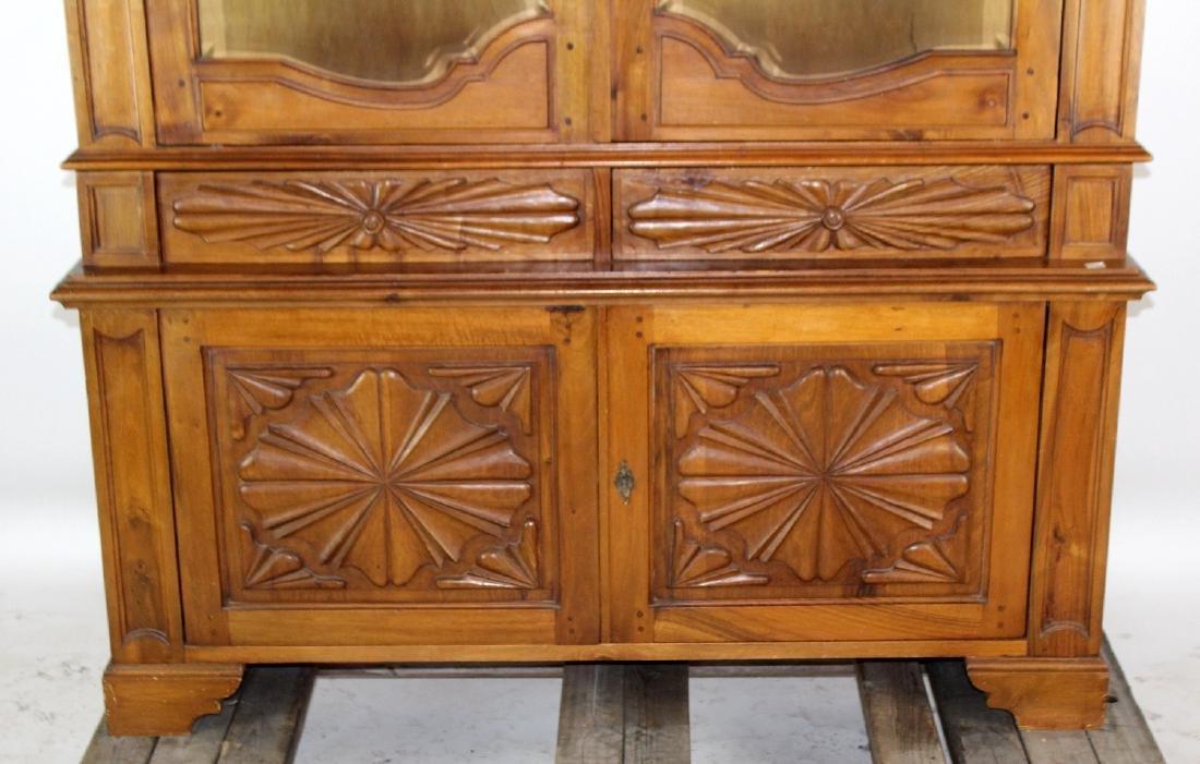 Italian baroque 2 door vitrine - 4