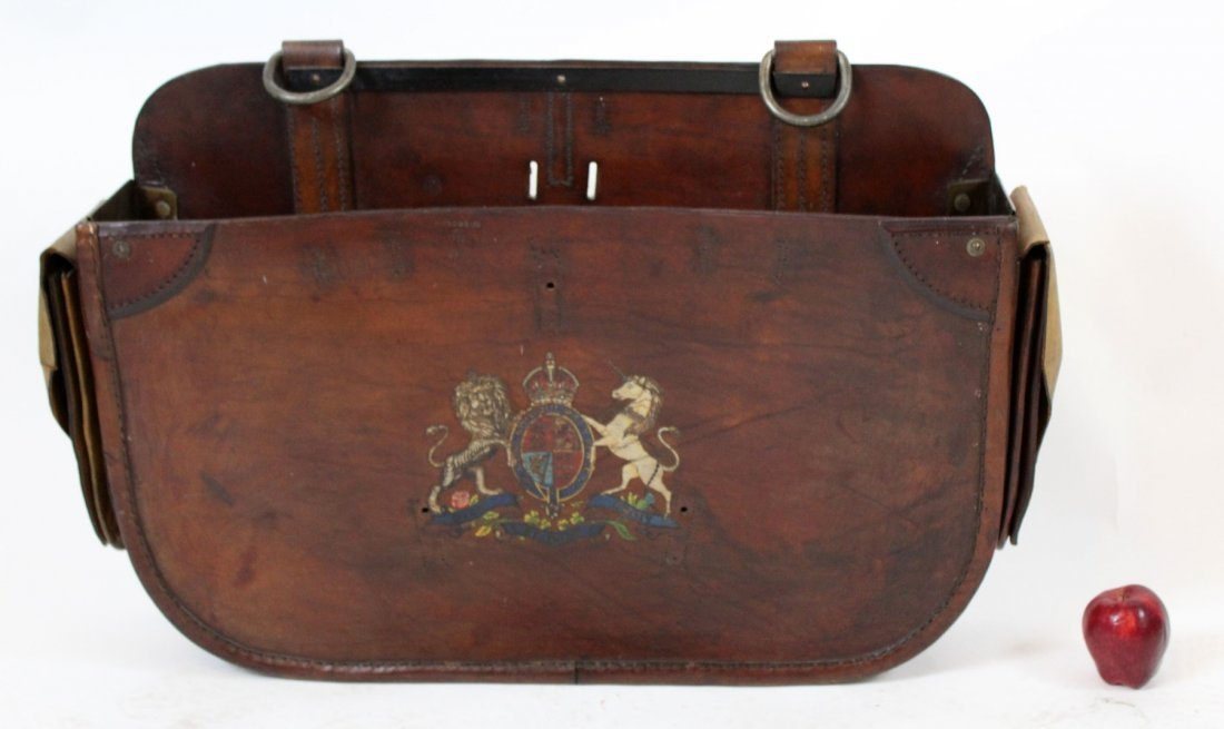 Antique English leather carriage bag - 5