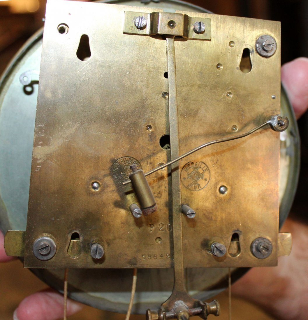 Gustav Becker wall clock in walnut case - 5