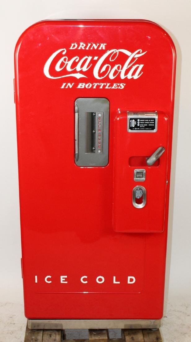 Vendo V39 Coke machine