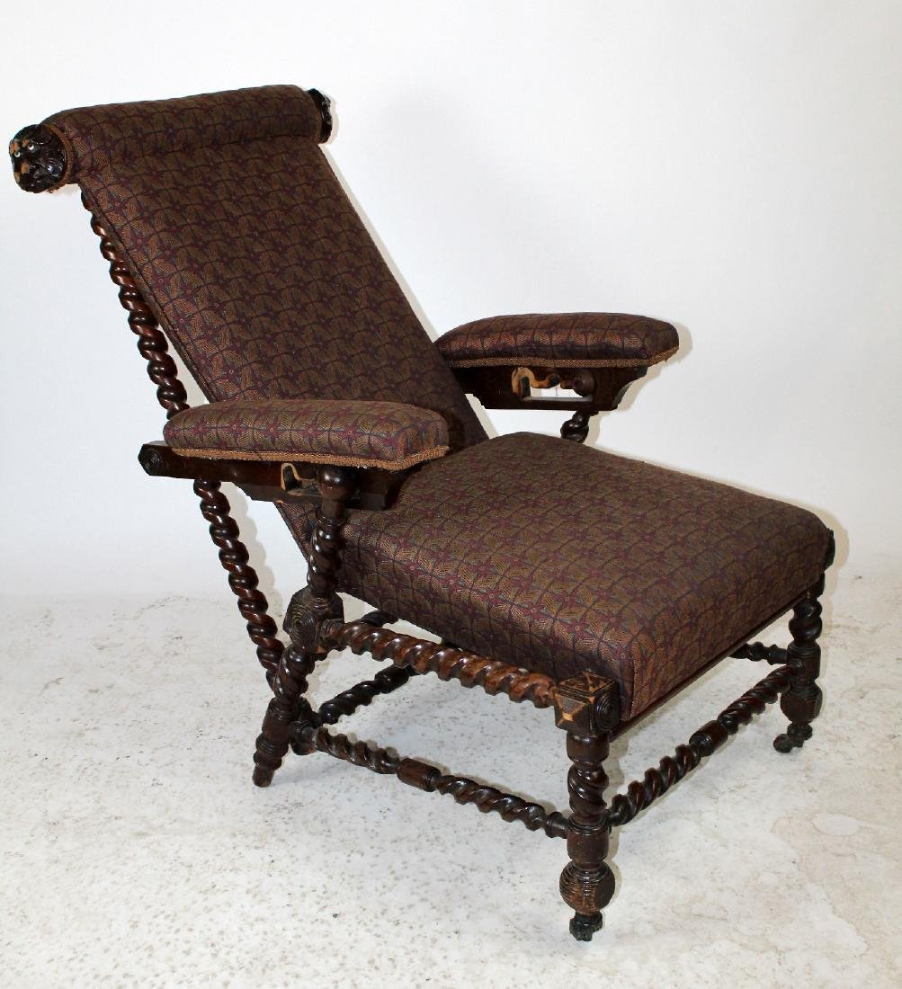 Antique Morris chair in carved walnut - 2