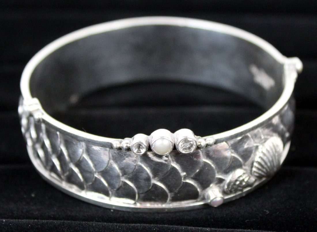Echo of the Dreamer sterling bangle - 4