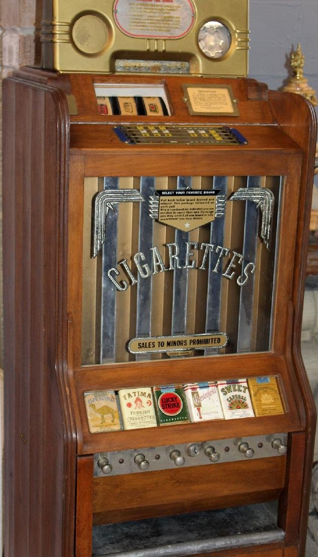 Pace Art Deco cigarette vending machine - 3