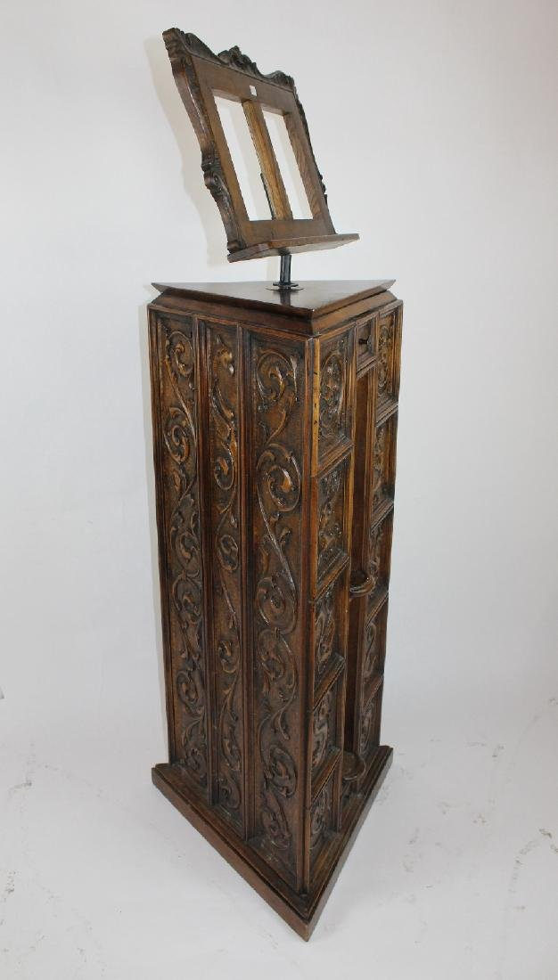 Italian Gothic Revival carved oak lecturn - 5
